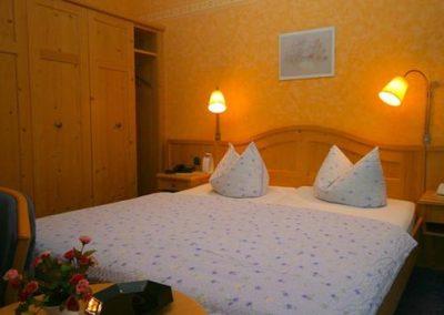 Bild Doppelbetten Doppelzimmer Hotel Pension Altes Forsthaus Harz